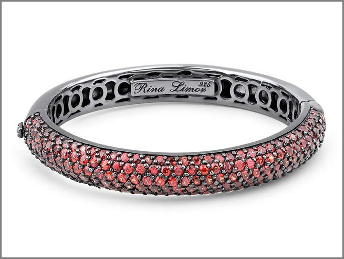 Bracciale in argento con zaffiri rosa