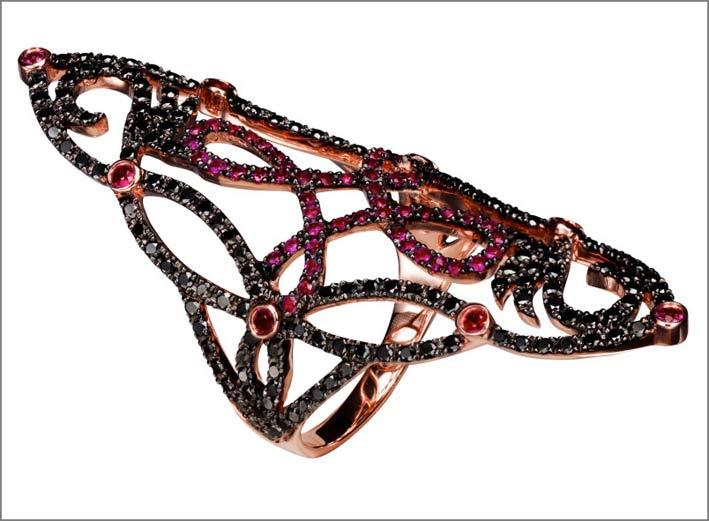 Anello Lasya con diamanti neri e rubini