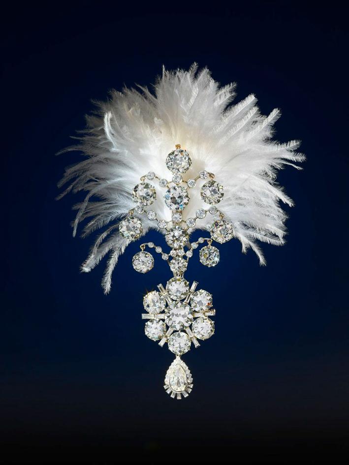 Collezione Al Thani, spilla per turbante con perle e diamanti