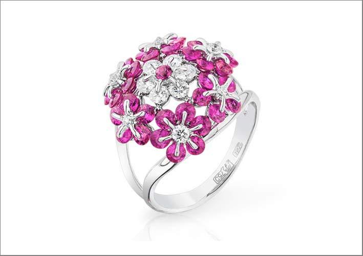 Anello in oro bianco e zaffiri rosa