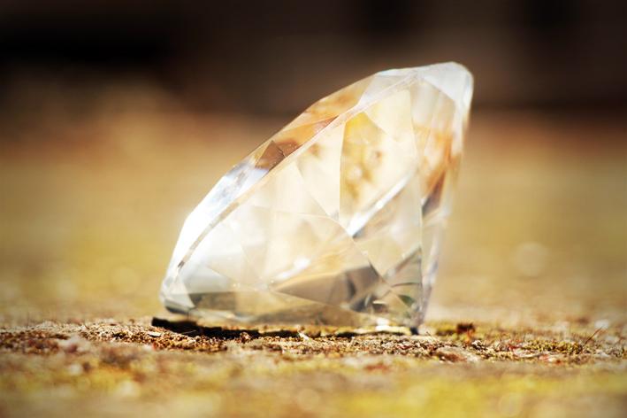 Falso diamante