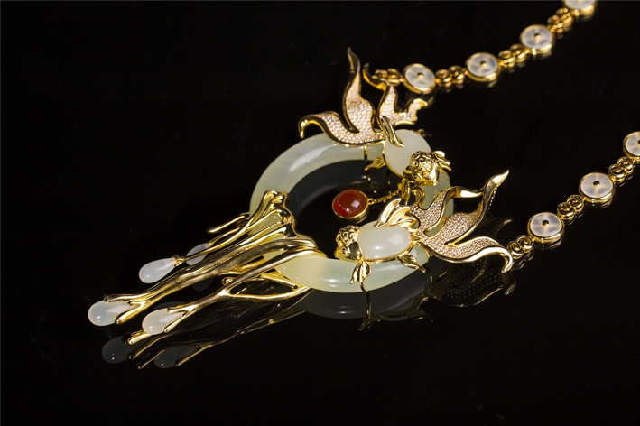 Mosaic Jewelry, oro, argento, giada