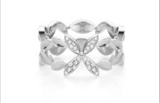 Collezione Leaf, anello in oro bianco e diamanti