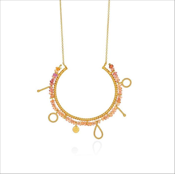 Collana della collezione Helios con zaffiri rosa