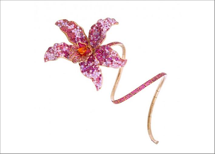 Nuun, alta gioielleria, bracciale in oro giallo 18 carati con rubini, spinelli, zaffiri rosa, un granato spessartite