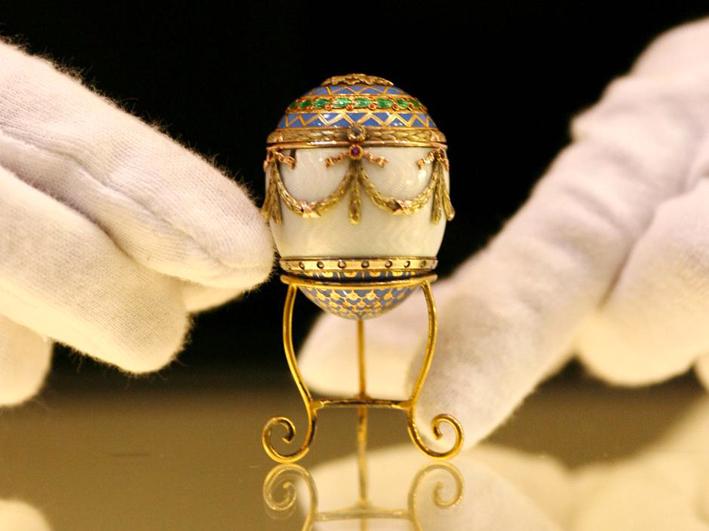 Raro uovo per lo zar Alessandro firmato Peter Carl Fabergé