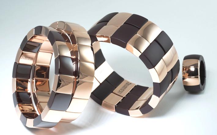 Bracciali e anello della collezione Aura