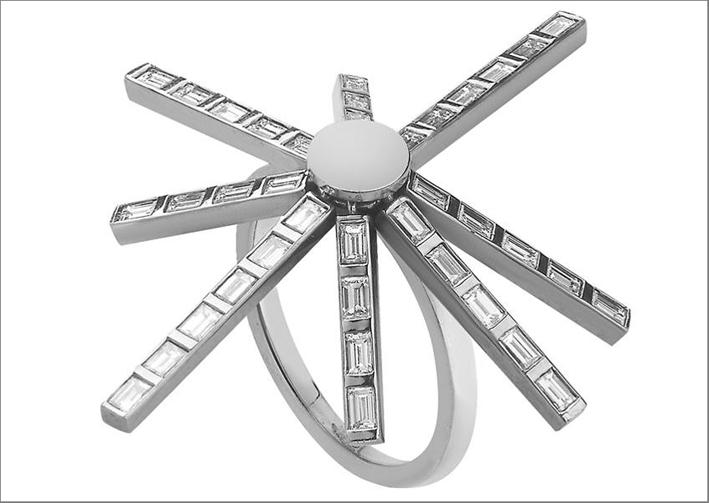 Collezione Baguette, anello in oro bianco e diamanti