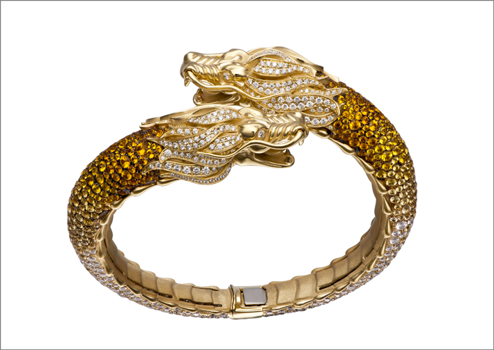 Bracciale in oro giallo, zaffiri e diamanti