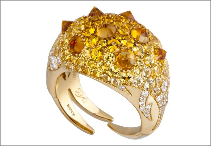 Passione del Drago, anello. Oro giallo, quarzo Palmera, zaffiri gialli, diamanti