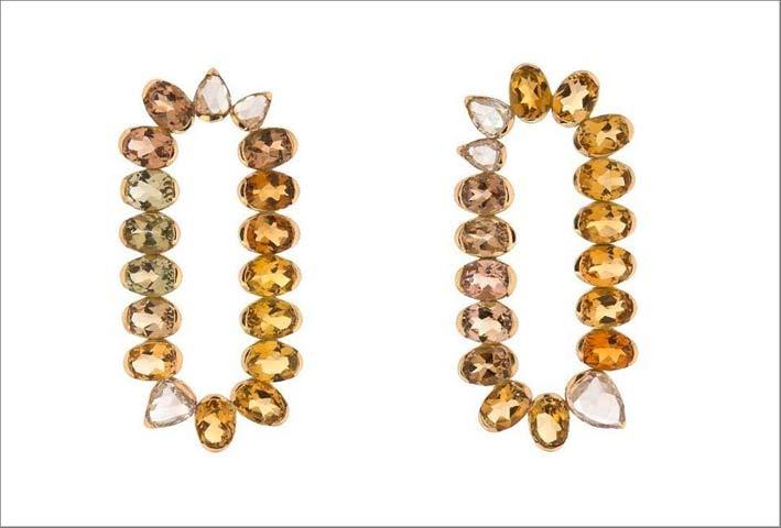 Orecchini in oro, con diamanti rose cut e tormaline gialle