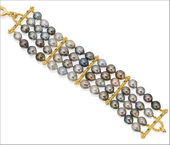 Bracciale in oro con perle di Thaiti