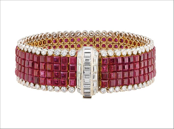 Van Cleef & Arpels, bracciale in platino, oro, rubini e diamanti, 1959