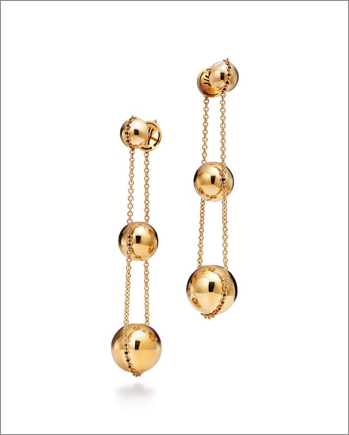 Orecchini in oro. Prezzo: 3.150 euro