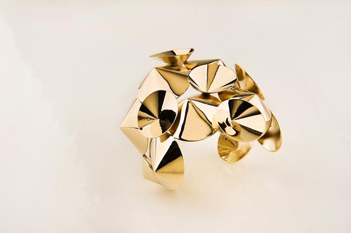 Unoaerre, bracciale in bronzo dorato Venus