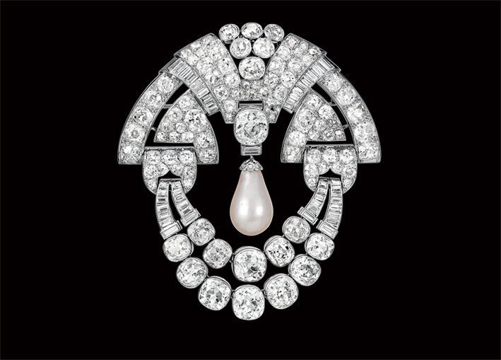 Spilla di Van Cleef & Arpels, diamanti e perle, circa 1930. Photo: Patrick Gries