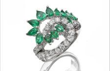 Collezione Colori d'Oriente, anello in oro bianco, diamanti e smeraldi