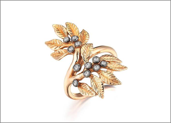 Anello Daphne in oro e diamanti, Flora collection
