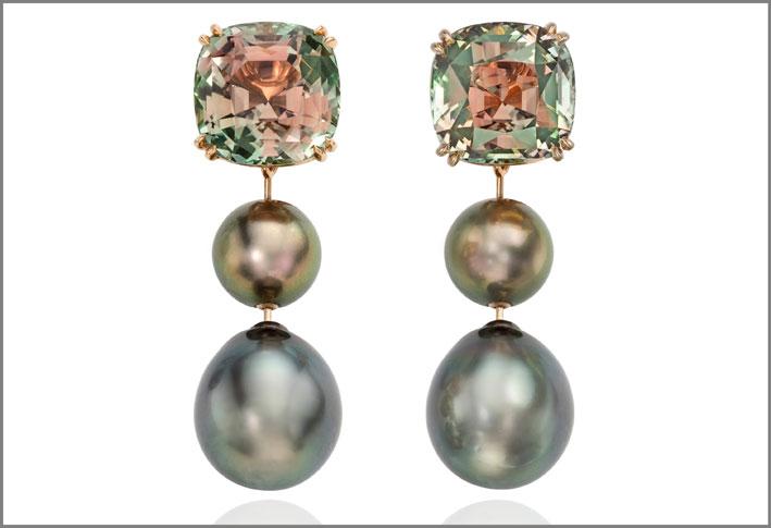 Orecchini con tormalina bicolore e perle di Thaiti