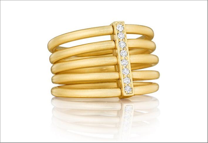 Carelle, anello in oro giallo e diamanti