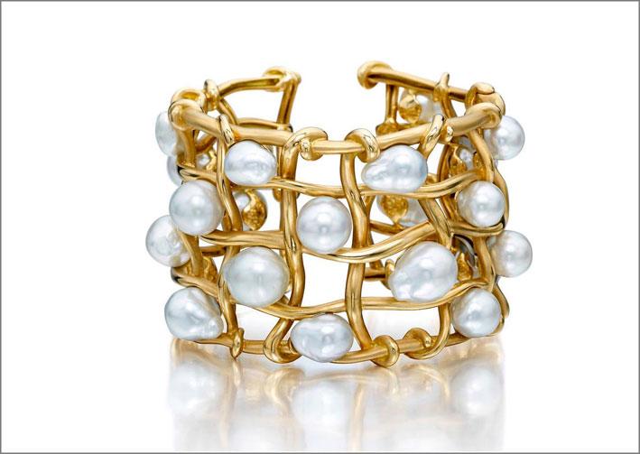 Assael, bracciale in oro con perle Akoya