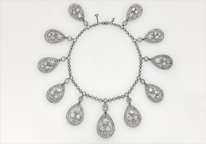 Collana di Cartier Belle Epoque con diamanti. Venduta per 1,4 milioni di euro