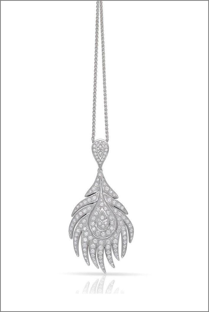 Pendente della collezione Piuma, oro bianco e diamanti