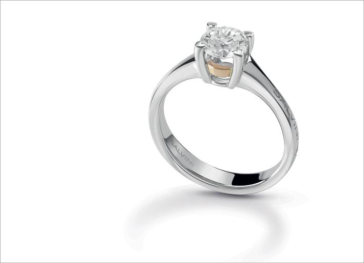 Salvini, anello solitaire in oro bianco e giallo, con diamante