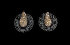 Orecchini con maglia in argento e diamanti brown