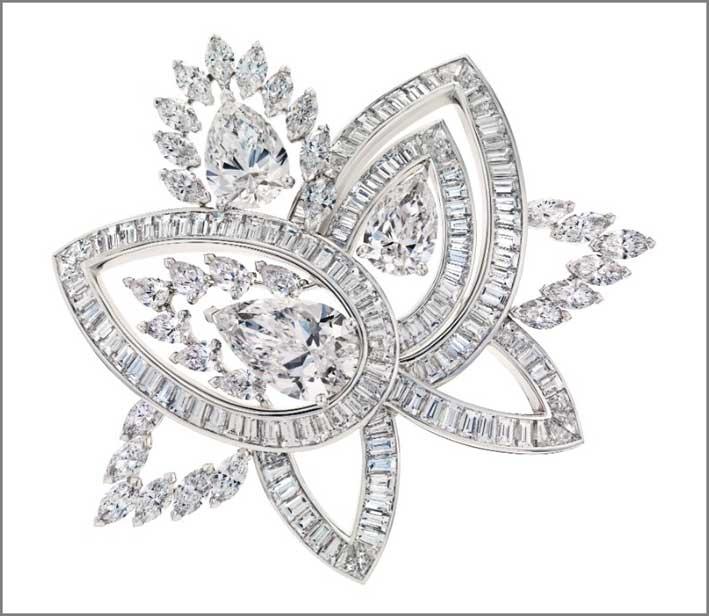 Spilla De Beers, Blooming Lotus, con diamanti di diverso taglio