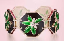 Bracciale Lotus, con diamanti, rubini, giada,  smalto