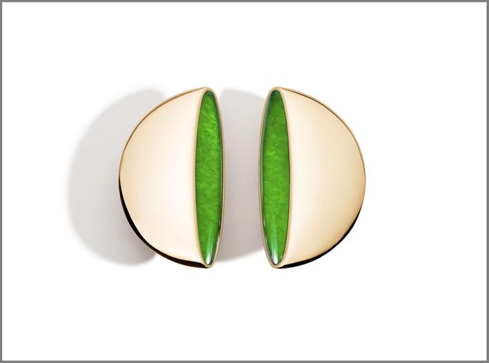 Orecchini della collezione Eclisse in oro e giada