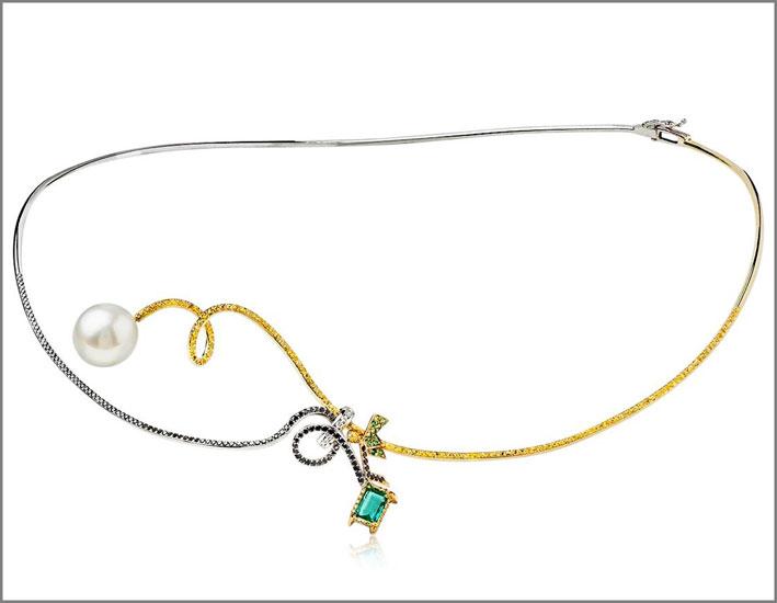 Collana Fantasy in oro bianco e giallo, diamanti gialli, neri e bianchi, zaffiri gialli, tsavorite, smeraldo taglio-ottagonale, 1 perla australiana