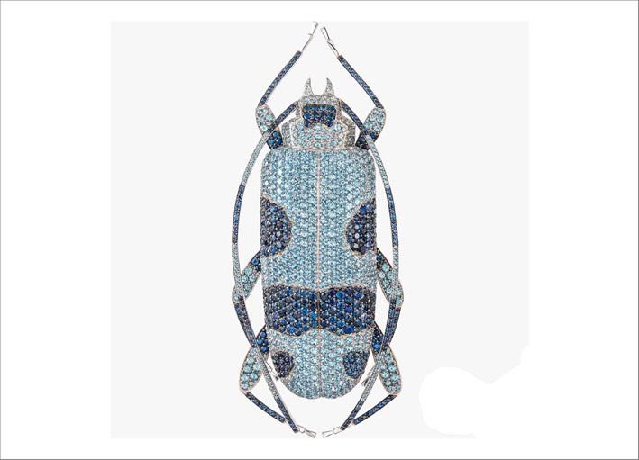 Spilla Alpine Beetle con pavé di zaffiri e diamanti