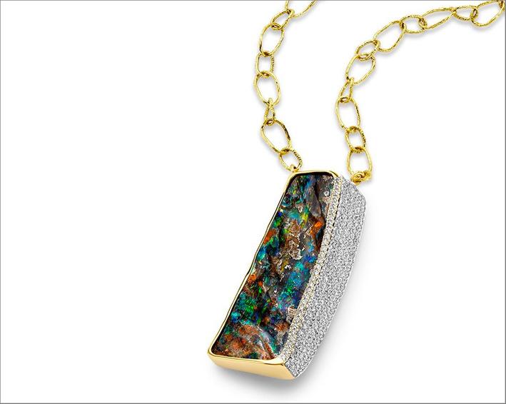 Collana con opale boulder, oro e diamanti