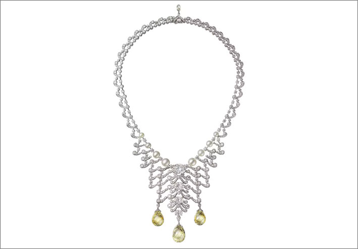 Collana Ecume in platino con diamanti bianchi e fancy yellow briolette