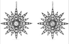 Orecchini in oro bianco annerito e diamanti