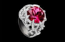 David Yurman, anello Twist con una grossa rubellite e diamanti montati su platino