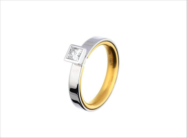 Anello in oro e platino con diamante