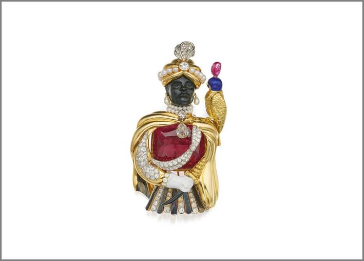 Spilla firmata Verdura a forma di moro, corpo in rubino, oro, diamanti, smalto