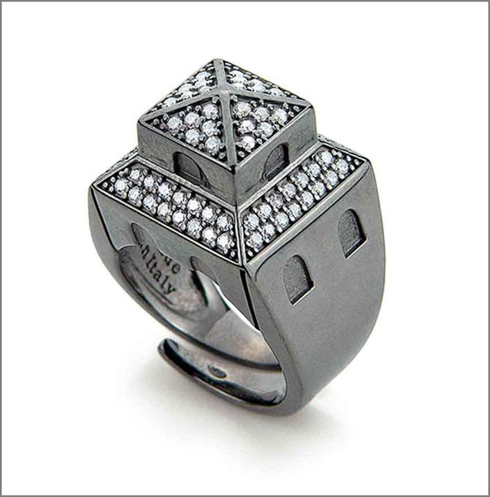 Collezione Tuscany, anello in argento con cubic zirconia bianchi