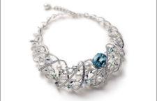 Collana Praise to Nature: oro bianco 18K, perla coltivata in mare, perla Akoya, acquamarina, berillo, zaffiro, diamanti