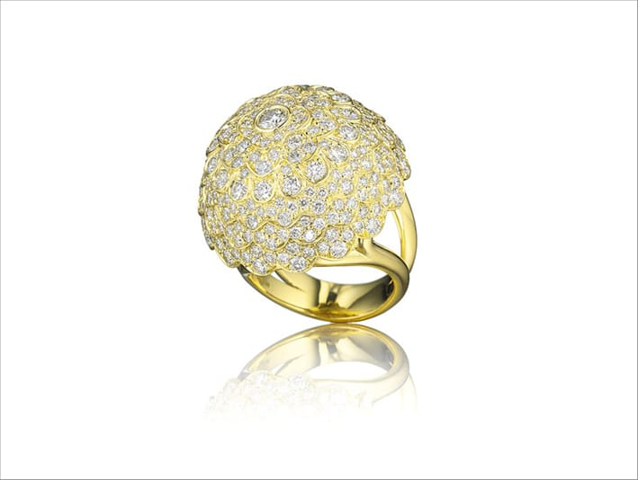 Anello Jasmine in oro giallo e pavé di diamanti