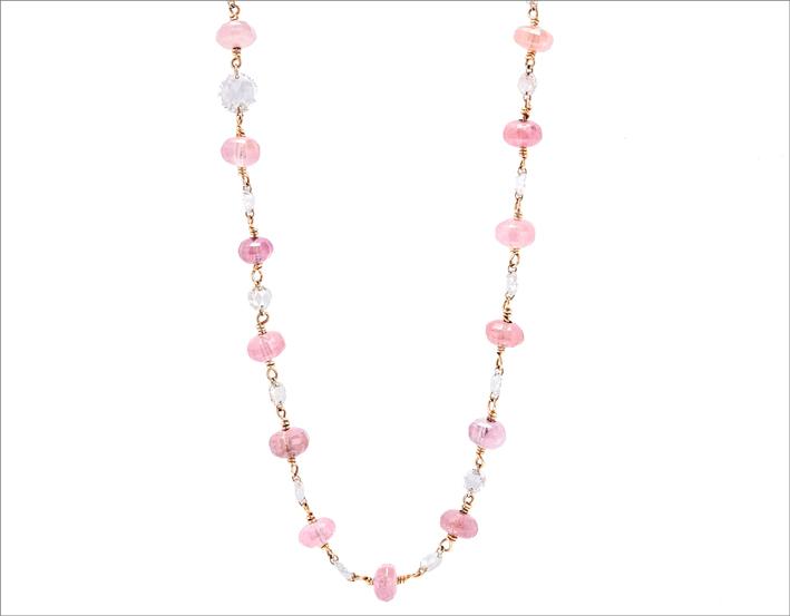 Collana con zaffiri rosa