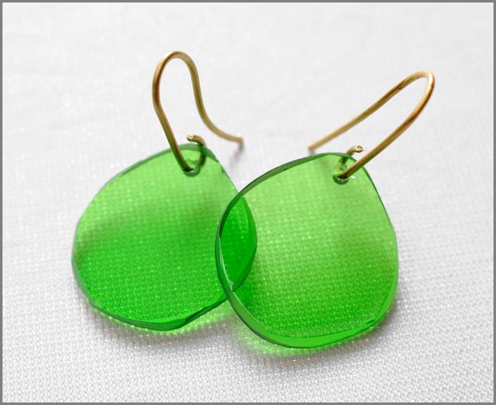 Orecchini verdi della collezione Ghiaccio