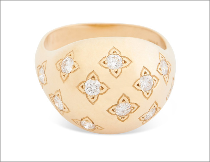 Anello con il fiore del loto in oro rosa e diamanti