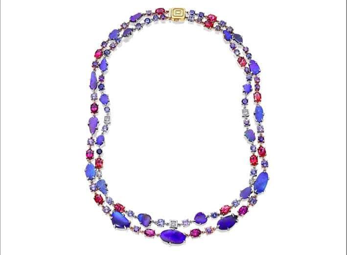 Collana in oro bianco ossidato e oro rosa con diamanti, rodolite, zaffiri viola, opali boulder