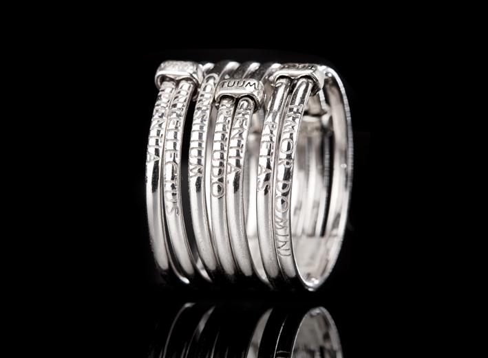 Anello in argento di Tuum