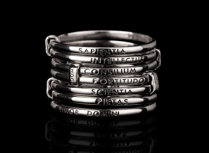 Anello in argento brunito di Tuum