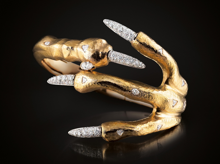 Claw, bracciale in oro e diamanti